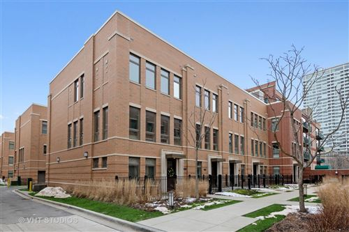 Photo of 1700 S prairie Avenue #1, Chicago, IL 60616 (MLS # 11054865)