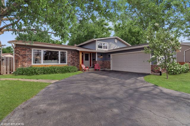 106 East Berkley Drive, Arlington Heights, IL 60004 - #: 10659865