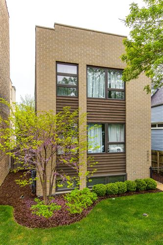 Photo of 4033 N Central Park Avenue, Chicago, IL 60618 (MLS # 11050866)