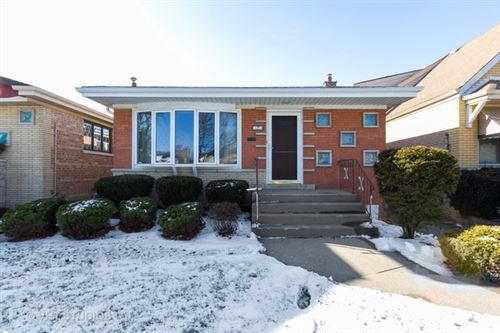 Photo of 11214 South Whipple Street, Chicago, IL 60655 (MLS # 10613867)