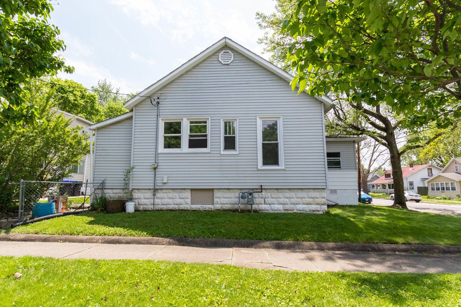813 N Lee Street, Bloomington, IL 61701 - #: 10709868