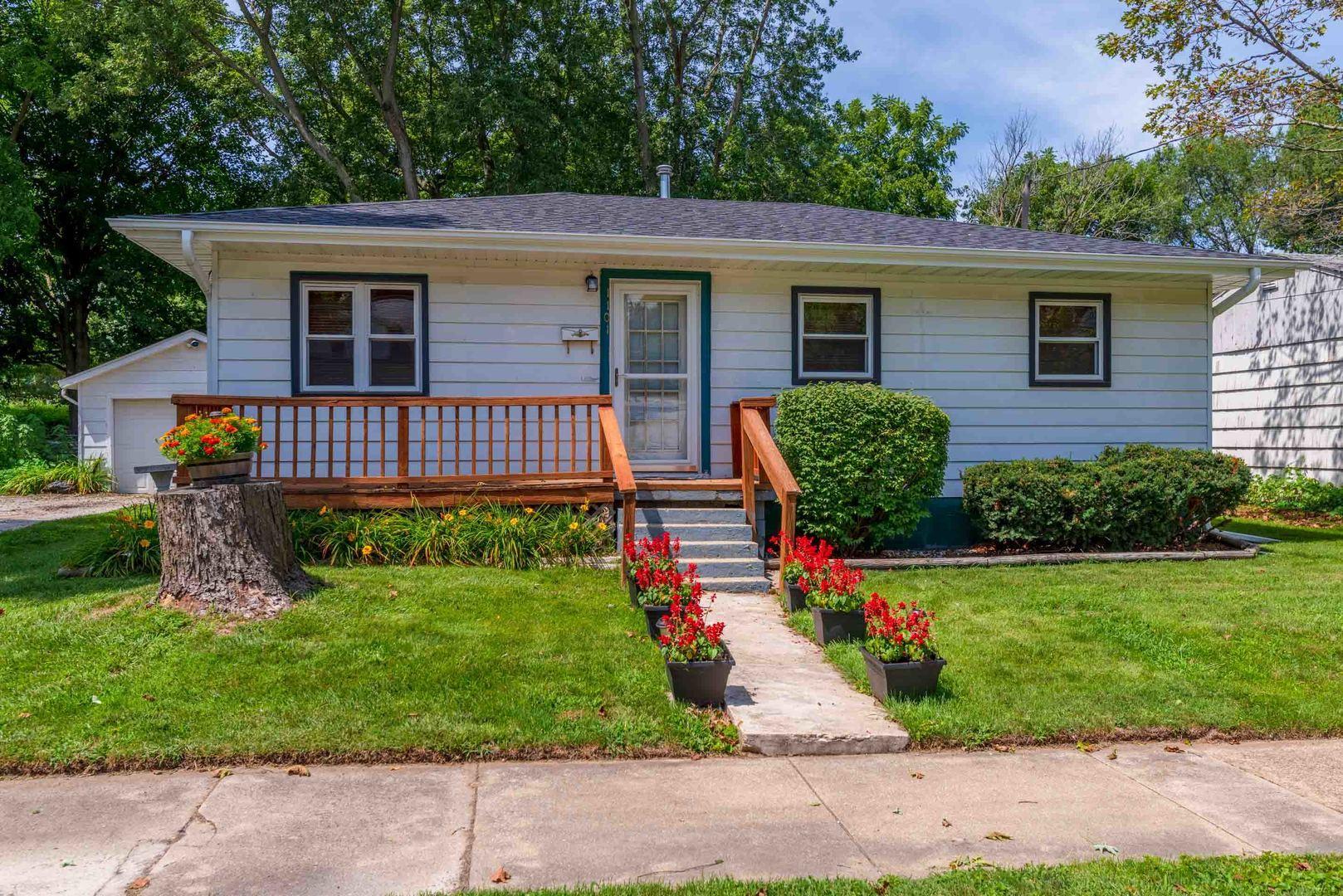 1101 S Clayton Street, Bloomington, IL 61701 - #: 10814869