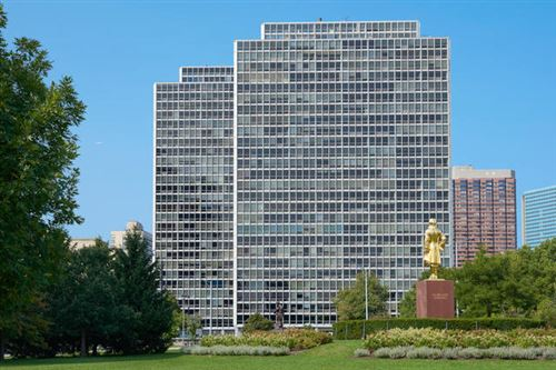 Photo of 340 W Diversey Parkway #1515-17, Chicago, IL 60657 (MLS # 11132871)