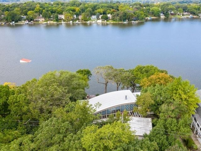 5319 E Lake Shore Drive, Wonder Lake, IL 60097 - #: 10882871