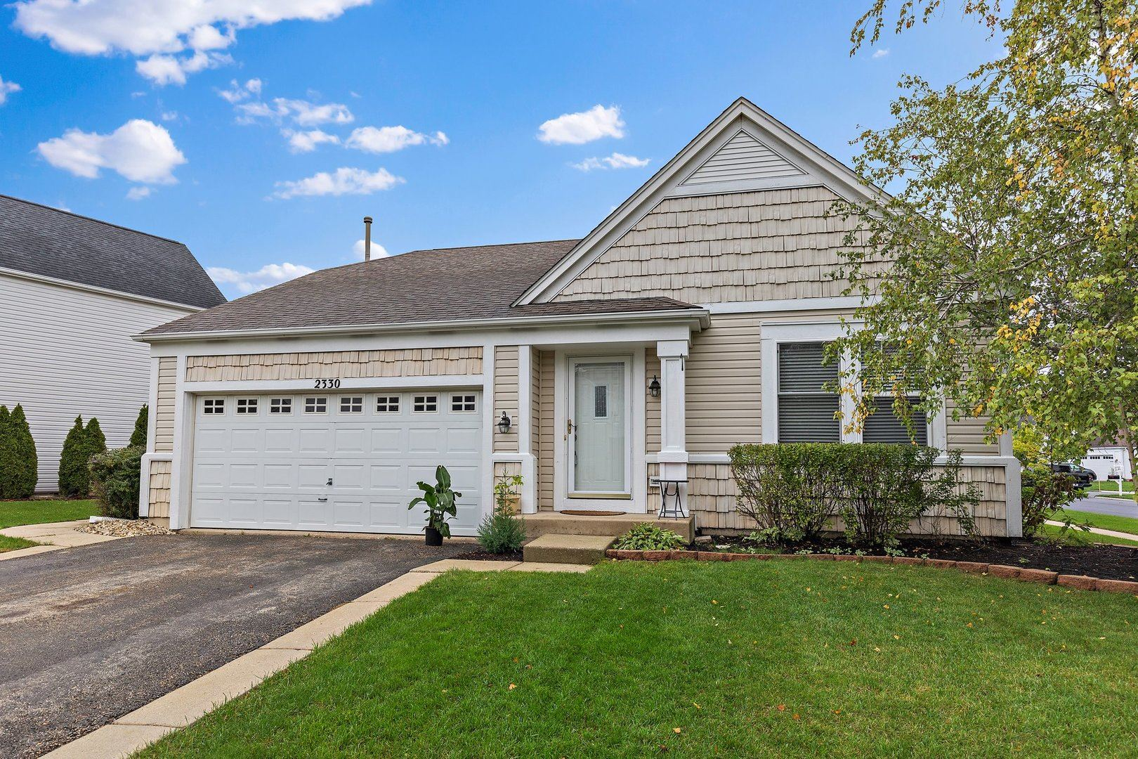 2330 Wexford Lane, Lake in the Hills, IL 60156 - #: 11239873