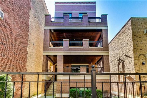 Photo of 657 W MELROSE Street #2, Chicago, IL 60657 (MLS # 10894874)