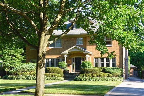 Tiny photo for 823 Chestnut Avenue, Wilmette, IL 60091 (MLS # 10794875)