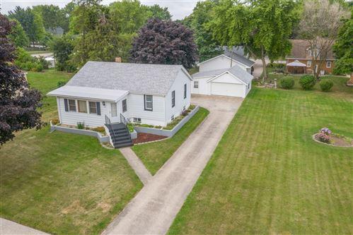 Photo of 33 Grant Street, Oswego, IL 60543 (MLS # 10814878)