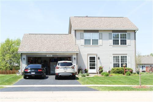 Photo of 1421 Bluestem Lane, Minooka, IL 60447 (MLS # 10718879)