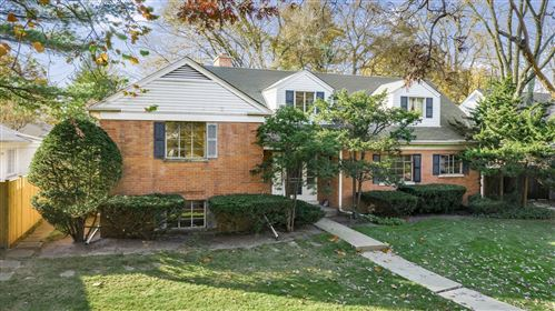Photo of 1408 Ridge Avenue, Evanston, IL 60201 (MLS # 10960881)