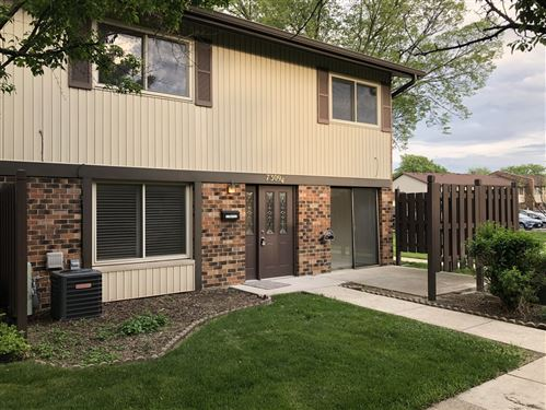 Photo of 7309 Winthrop Way #4, Downers Grove, IL 60516 (MLS # 10732883)