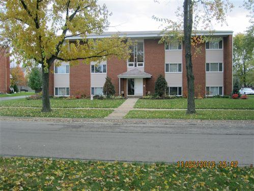 Photo of 573 Pershing Avenue #D, Glen Ellyn, IL 60137 (MLS # 10977883)
