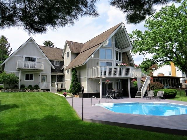 2410 Orchard Beach Road, Mchenry, IL 60050 - #: 10367884