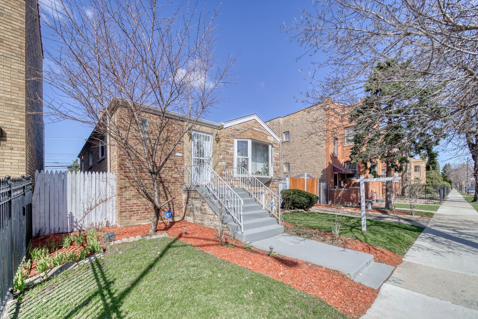 3812 N Kimball Avenue, Chicago, IL 60618 - #: 11211884
