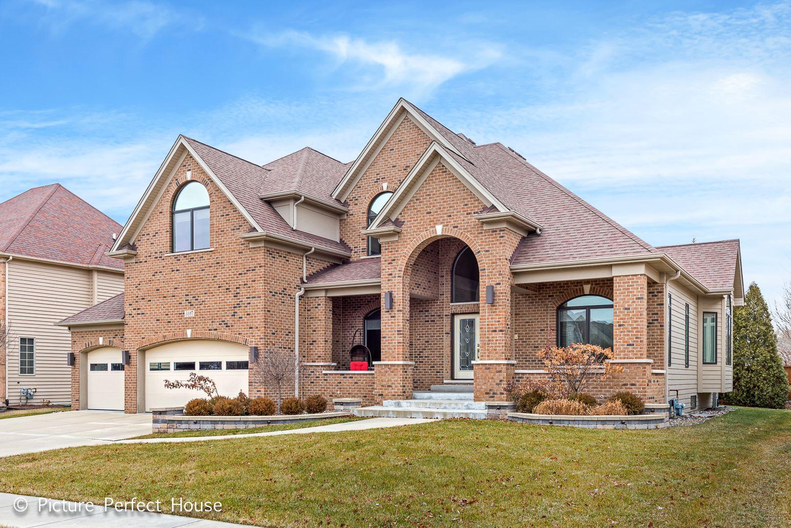 3107 Landore Drive, Naperville, IL 60564 - #: 10745886