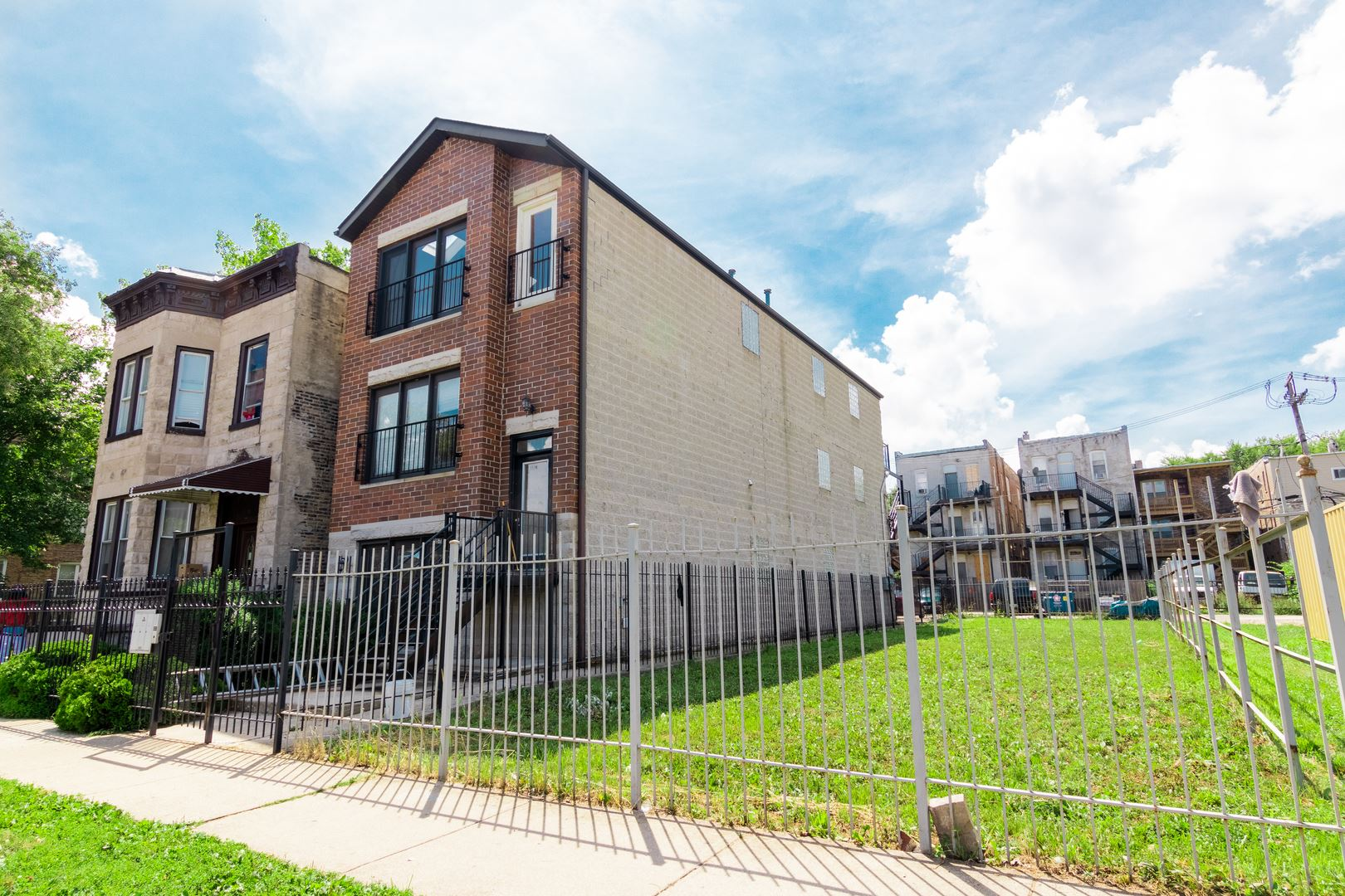 1114 S Albany Avenue, Chicago, IL 60612 - #: 10804886