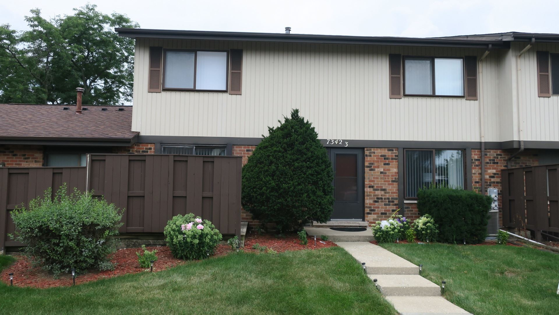7342 Winthrop Way #3, Downers Grove, IL 60516 - #: 10803887