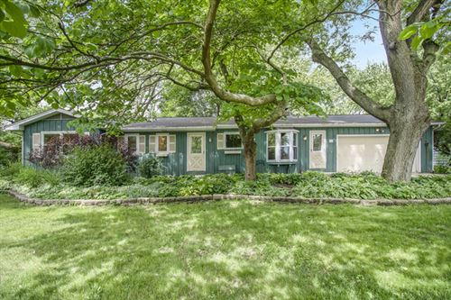 Photo of 7s150 Thornapple Drive, Naperville, IL 60540 (MLS # 10592888)