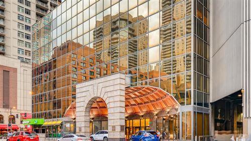 Photo of 10 E Ontario Street #3210, Chicago, IL 60611 (MLS # 11233888)