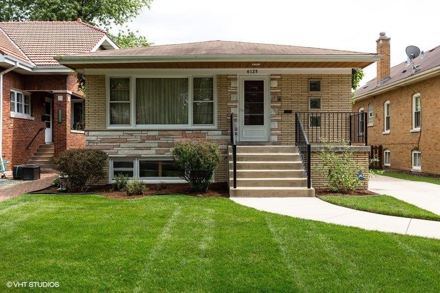 6125 N Kilbourn Avenue, Chicago, IL 60646 - #: 10809888