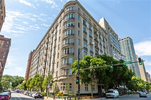 Photo of 3400 N Lake Shore Drive #1C, Chicago, IL 60657 (MLS # 10858889)