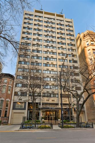Photo of 30 E DIVISION Street #2A, Chicago, IL 60610 (MLS # 10942889)
