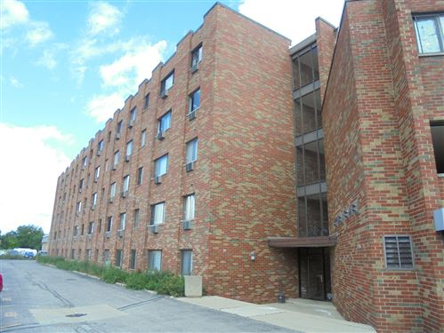 Photo of 5310 N CHESTER Avenue #301, Chicago, IL 60656 (MLS # 11229889)