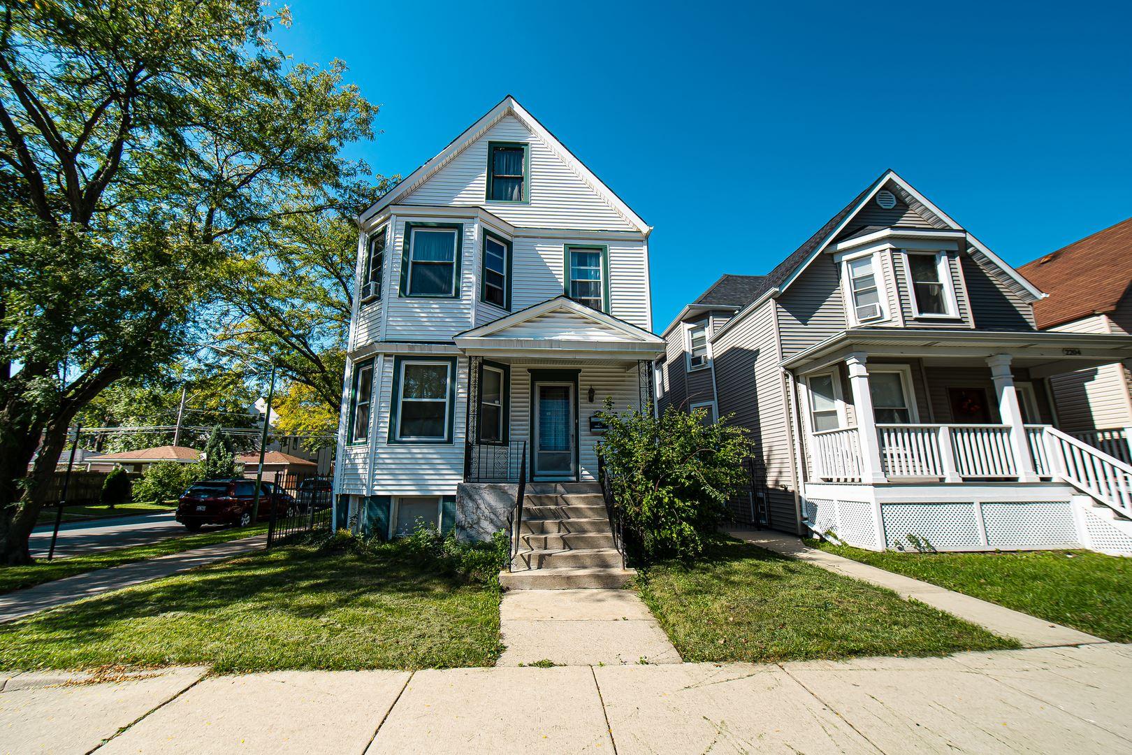 2200 N Kenneth Avenue, Chicago, IL 60639 - #: 10612889