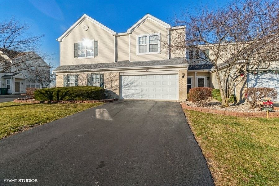 Photo of 1808 Parkside Drive, Shorewood, IL 60404 (MLS # 10948889)
