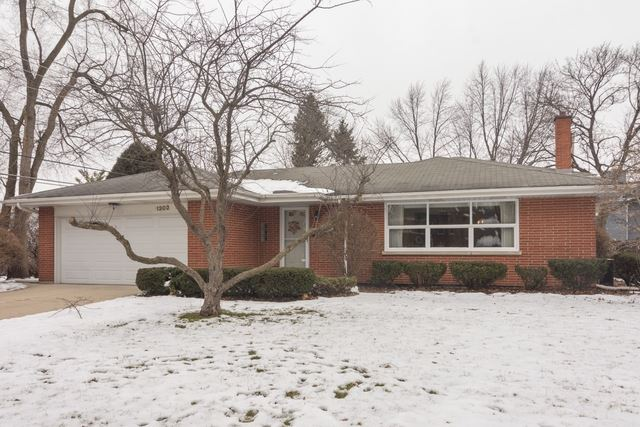 1302 W Lincoln Street, Mount Prospect, IL 60056 - #: 10621891