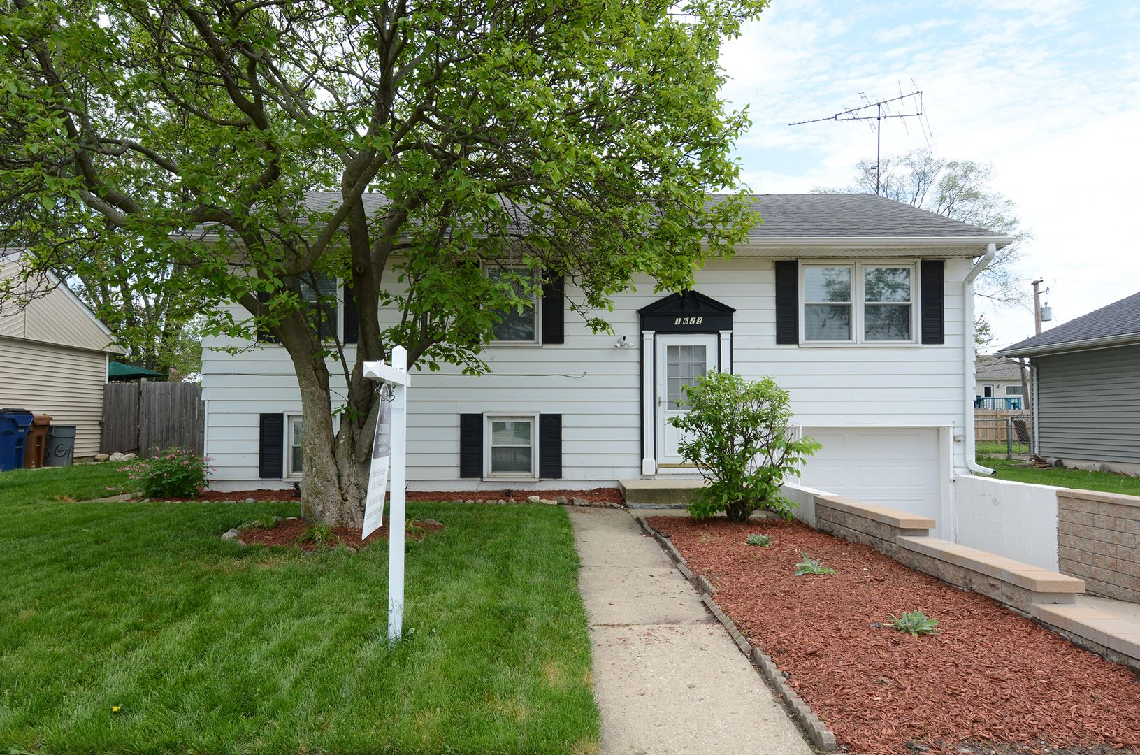 1623 Paul Avenue, Glendale Heights, IL 60139 - #: 10689891