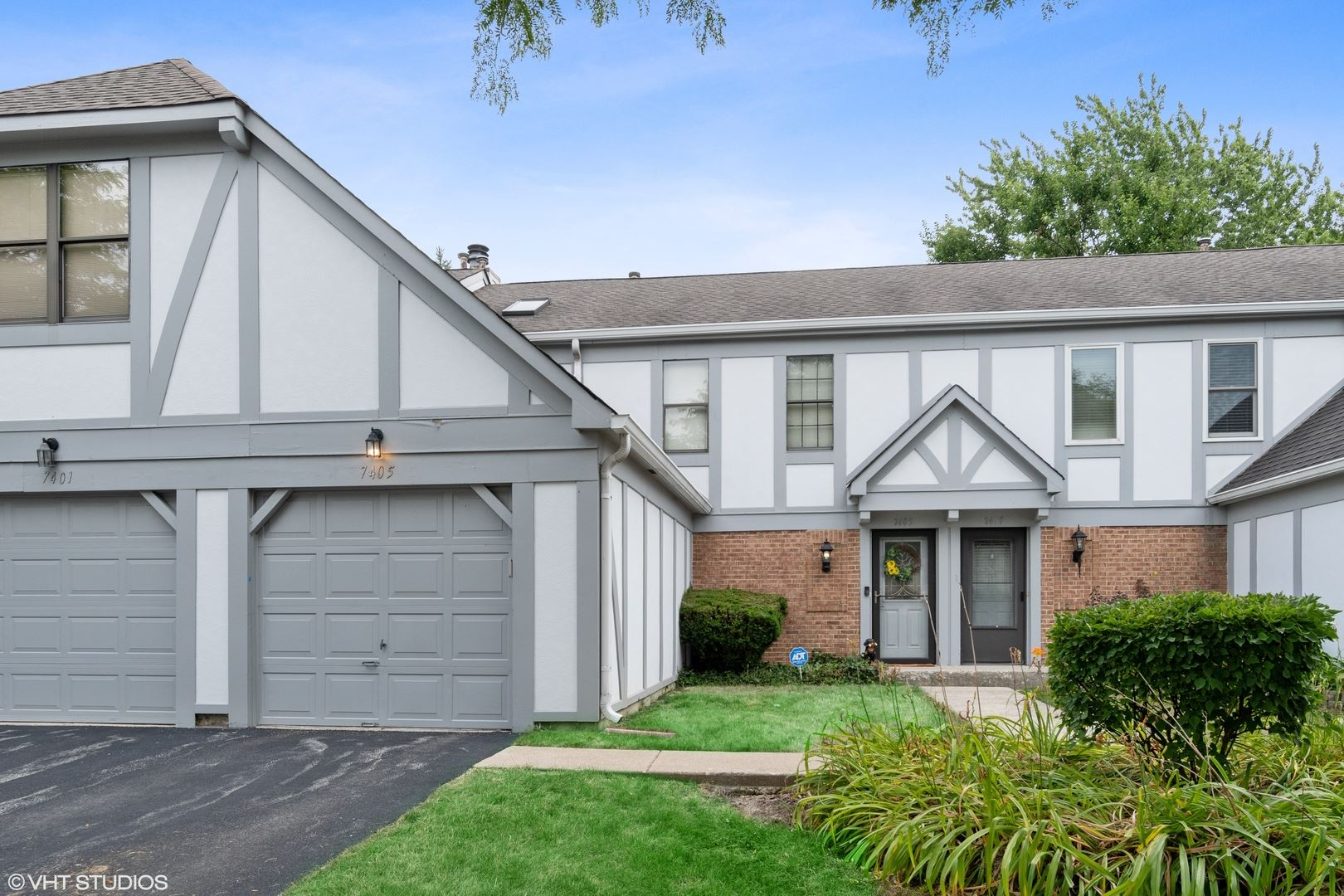 7405 Canterbury Place #7405, Downers Grove, IL 60516 - #: 10815894