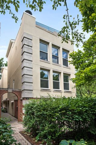 Photo of 1162 S PLYMOUTH Court #1SE, Chicago, IL 60605 (MLS # 10801895)
