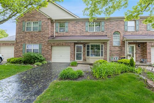 Photo of 303 Cromwell Court, Westmont, IL 60559 (MLS # 11229897)