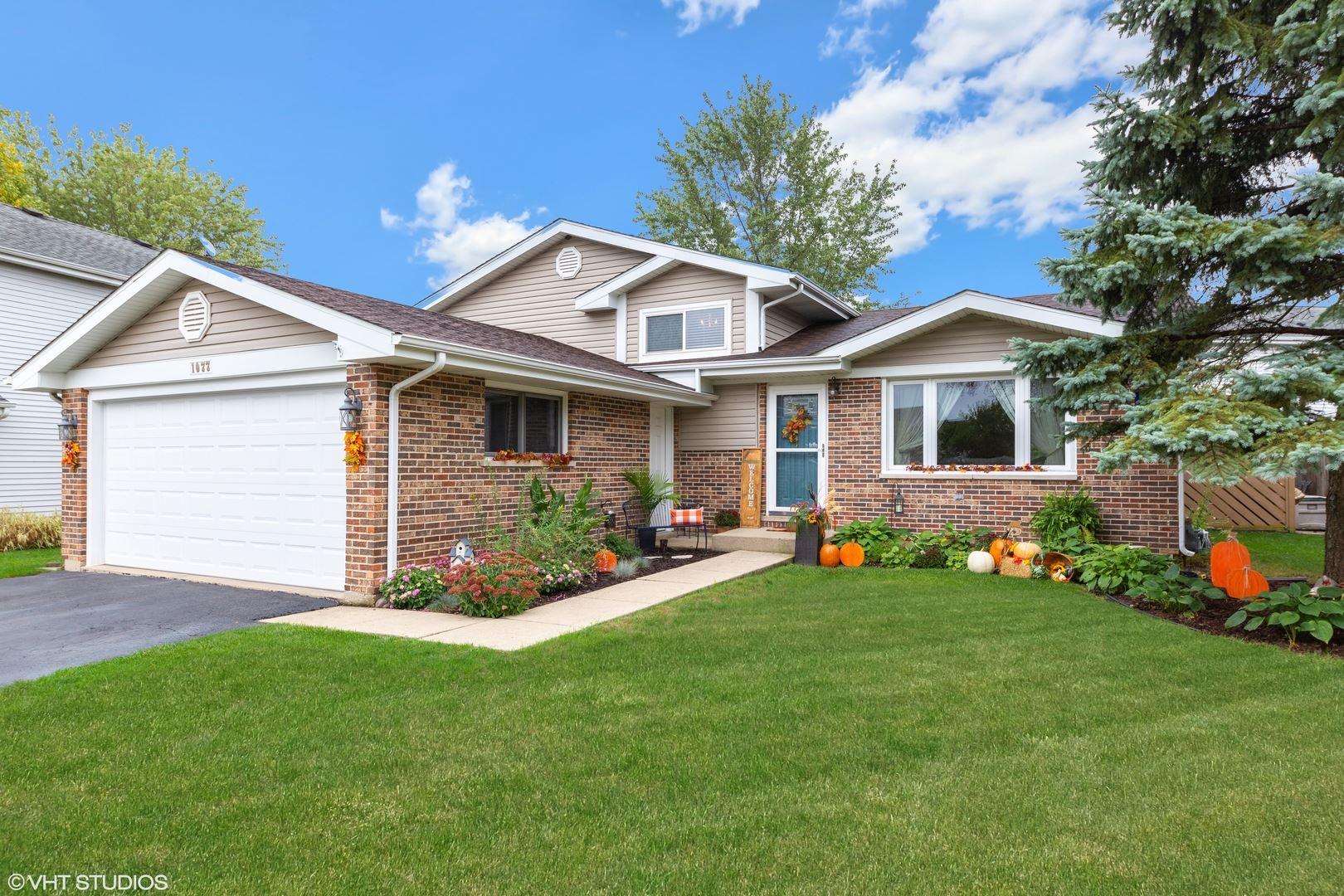 1077 N Cardinal Drive, Palatine, IL 60074 - #: 10881897