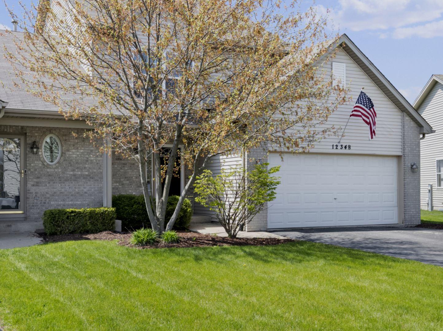 Photo of 1234 Glen Mor Drive #B, Shorewood, IL 60404 (MLS # 11067899)