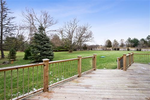 Tiny photo for 27160 Fieldstone Court, Lake Barrington, IL 60010 (MLS # 10602902)