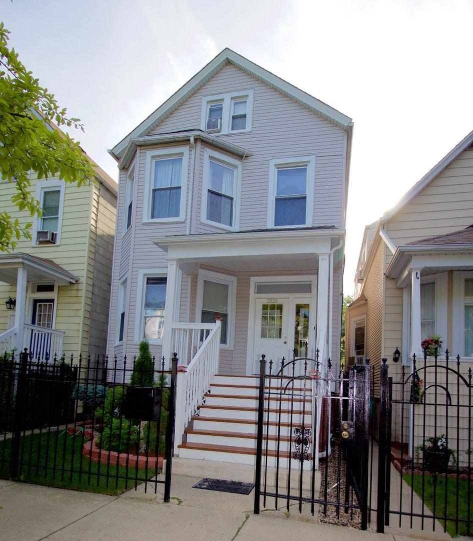 2828 N Sawyer Avenue, Chicago, IL 60618 - #: 10770902