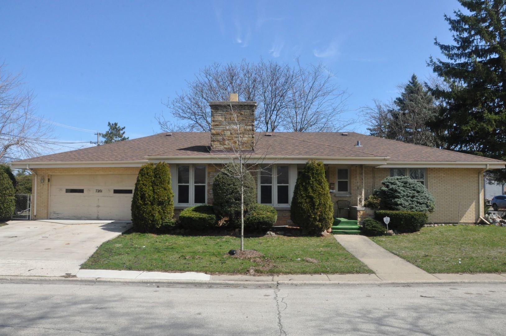 7201 N Karlov Avenue, Lincolnwood, IL 60712 - #: 10722904