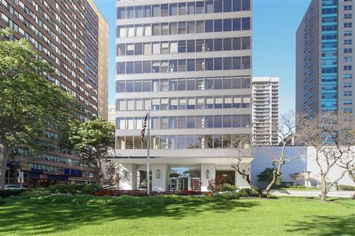 Photo of 3150 N Lake Shore Drive #14A, Chicago, IL 60657 (MLS # 10972907)