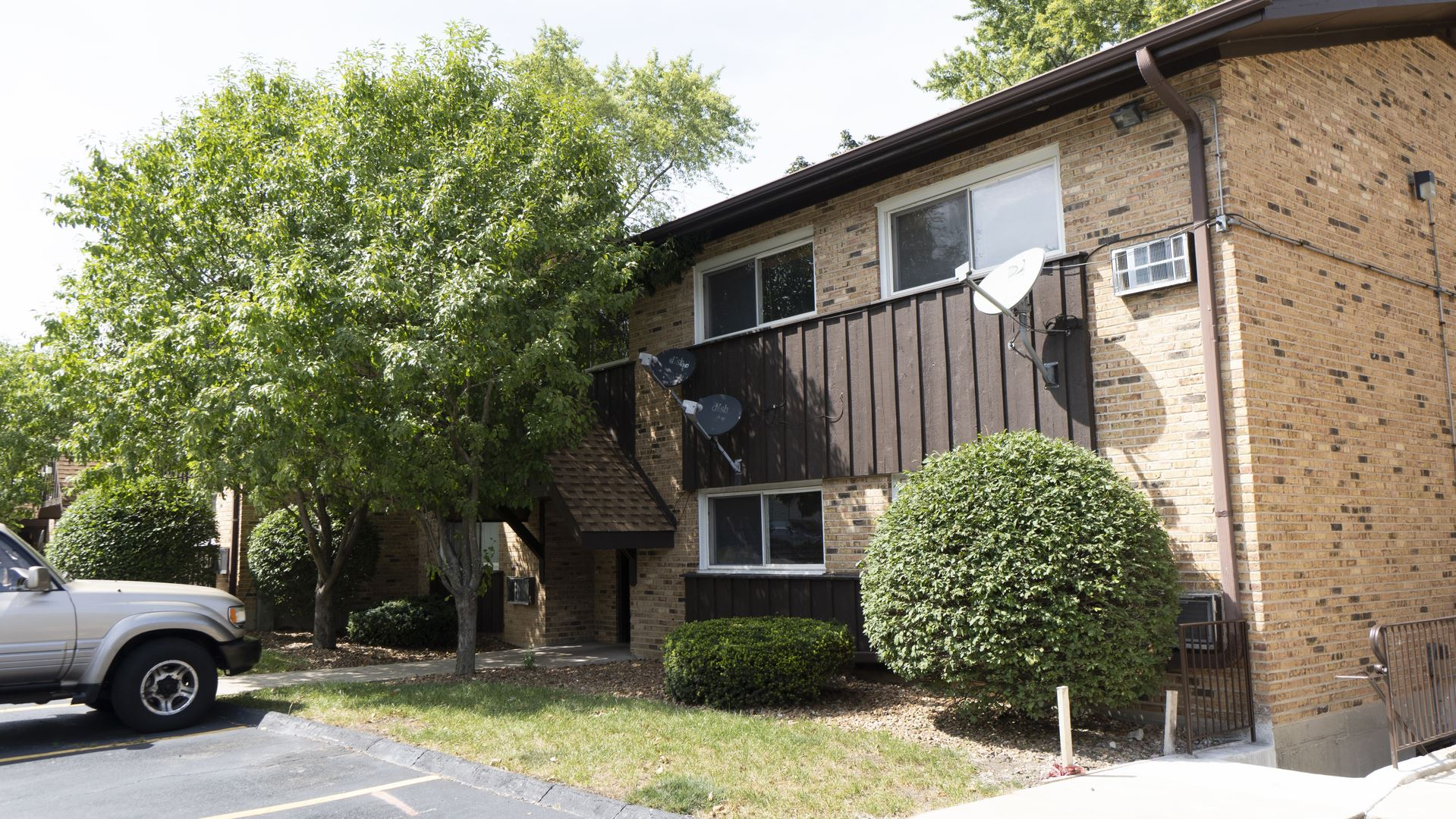 2212 ARBOR Circle #21, Downers Grove, IL 60515 - #: 11201907