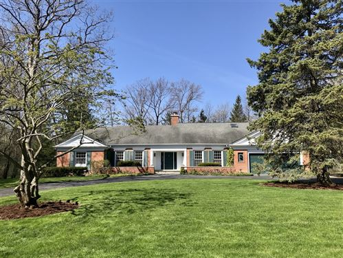 Photo of 550 Rockefeller Road, Lake Forest, IL 60045 (MLS # 10708911)