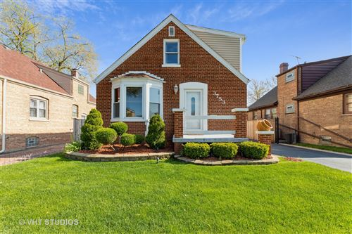 Photo of 3753 W 80th Place, Chicago, IL 60652 (MLS # 11081917)