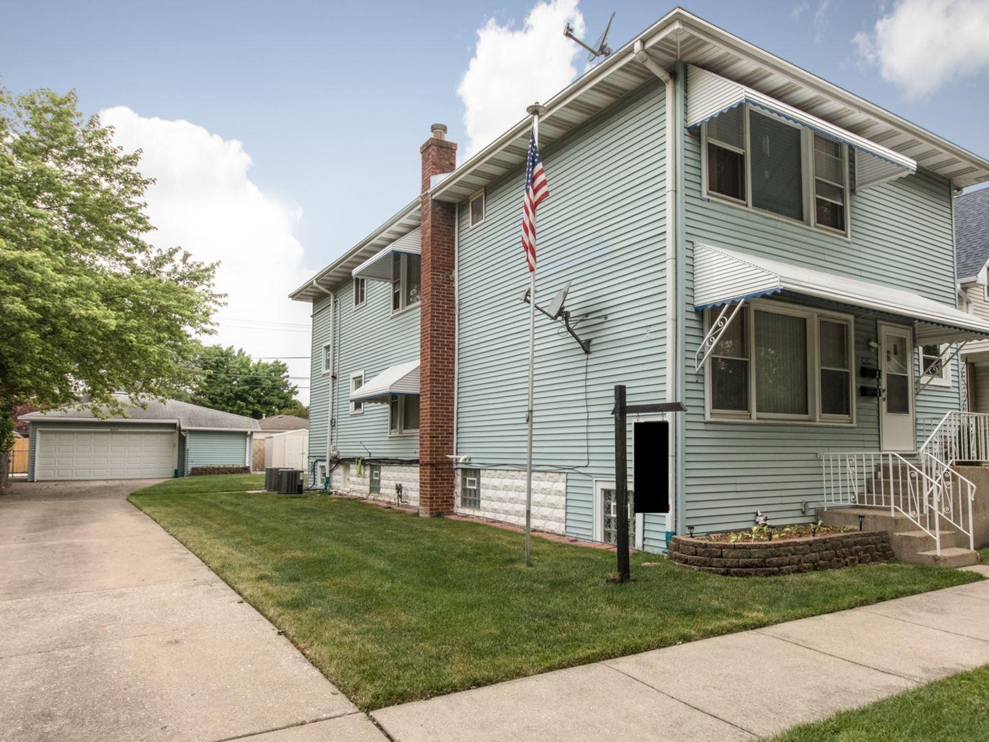 4024 Prairie Avenue, Schiller Park, IL 60176 - #: 10756917