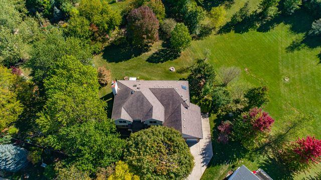 Photo of 511 Charlestown Drive, Bolingbrook, IL 60440 (MLS # 10903917)