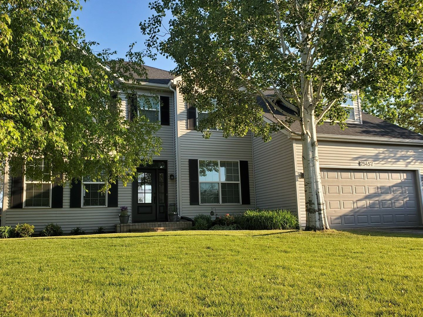 Photo of 25457 Blakely Drive, Plainfield, IL 60585 (MLS # 11127923)