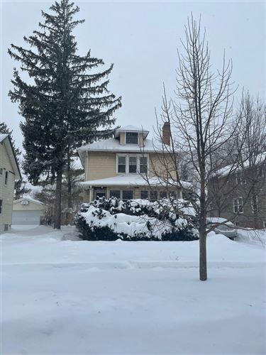Photo of 308 Mrytle Avenue, Elmhurst, IL 60126 (MLS # 10995929)