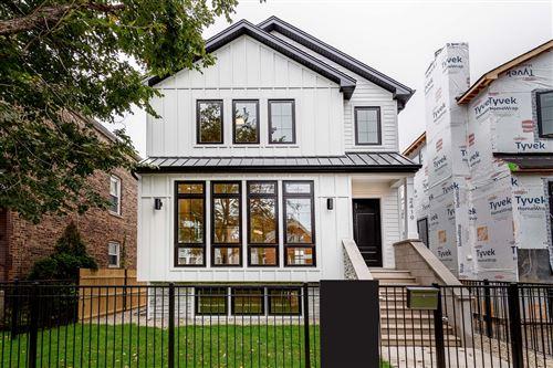 Photo of 2419 W Belden Avenue, Chicago, IL 60647 (MLS # 11252931)