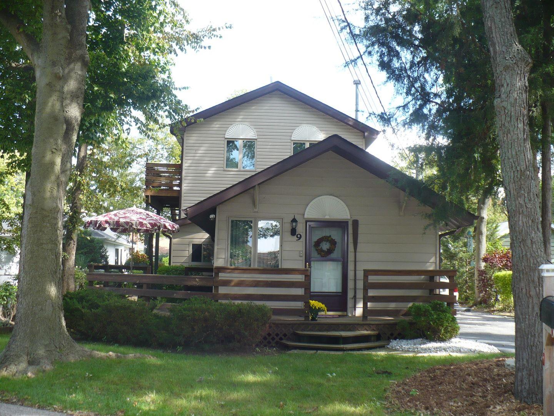 9 N Lake Avenue, Fox Lake, IL 60020 - #: 10740931
