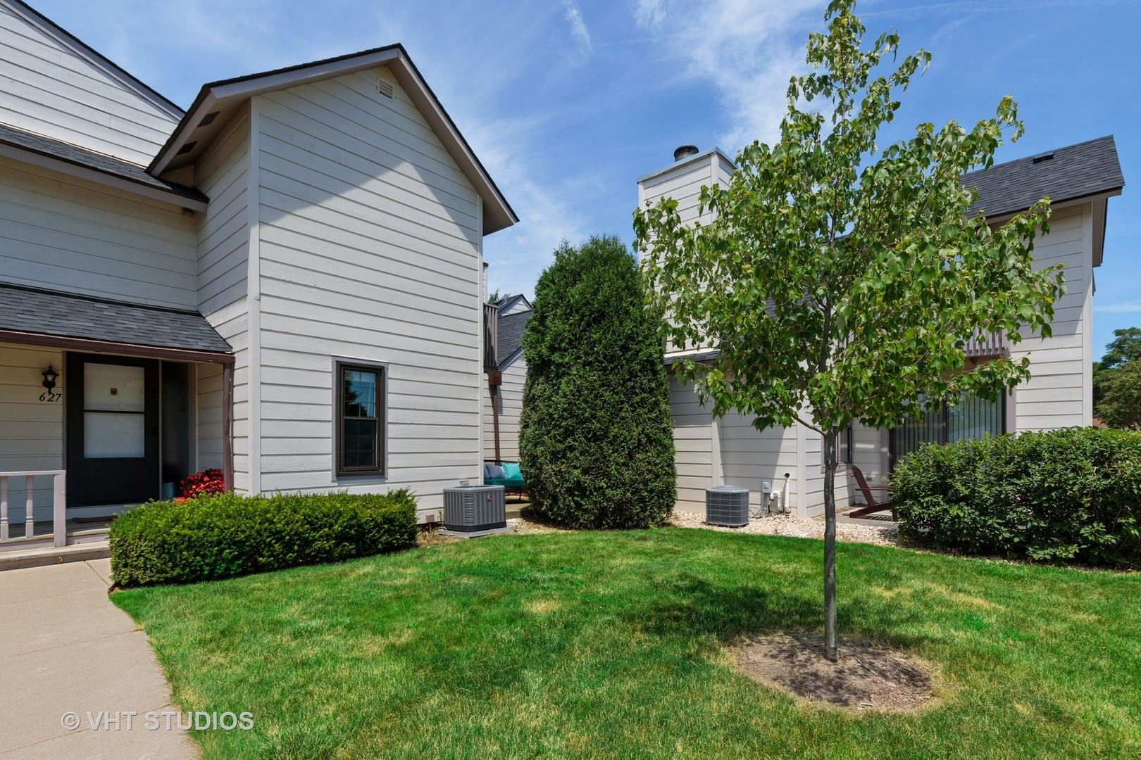 627 CHIP Court, Gurnee, IL 60031 - #: 10771931
